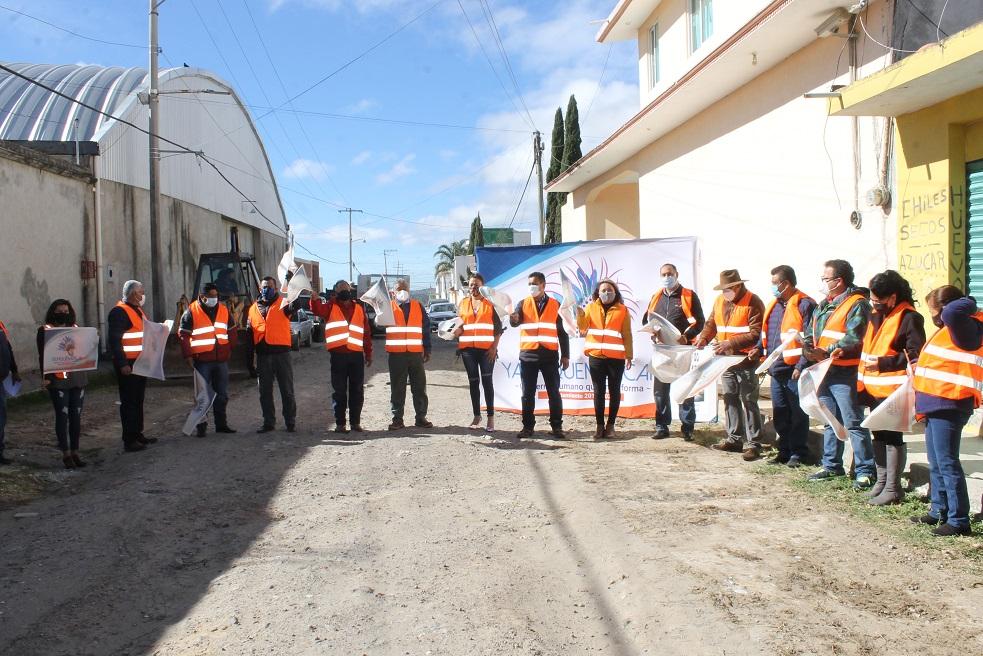 Pavimentarán calle 21 de Octubre en Yauhquemehcan