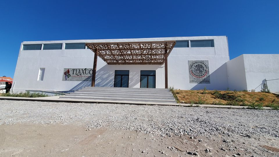 Concluye remodelación de Centro Expositor de Tlaxco con recurso etiquetado por Michaelle Brito