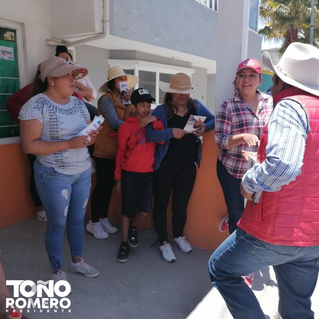 Caminata del candidato TOÑO ROMERO en la colonia San Francisco de Cuapiaxtla