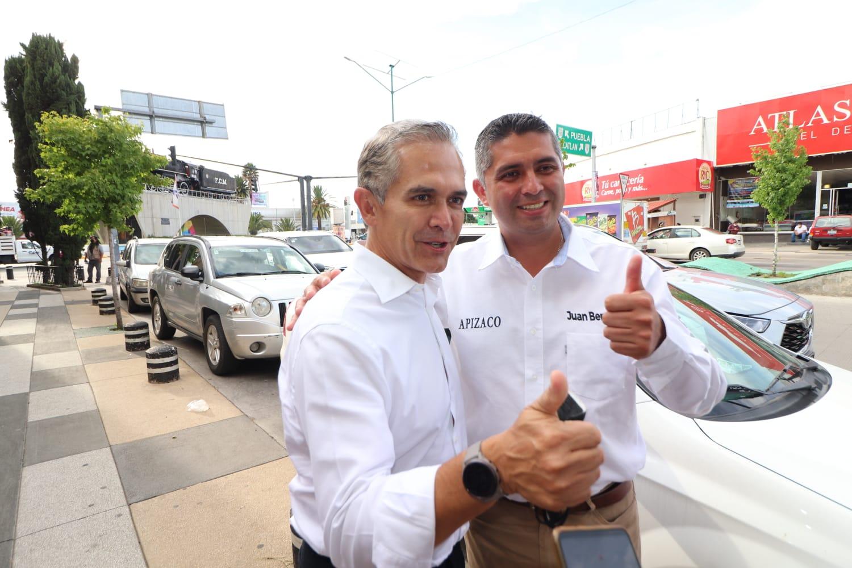 Respalda Mancera a Juan Bernardo rumbo a la presidencia de Apizaco; augura rotundo triunfo