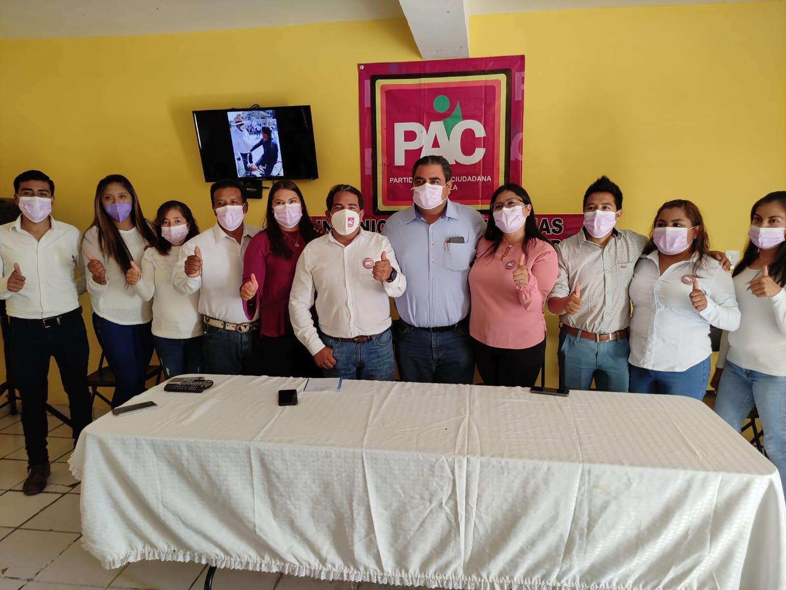 Nicolás López Arias inicia campaña a la presidencia de Cuapiaxtla por el PAC