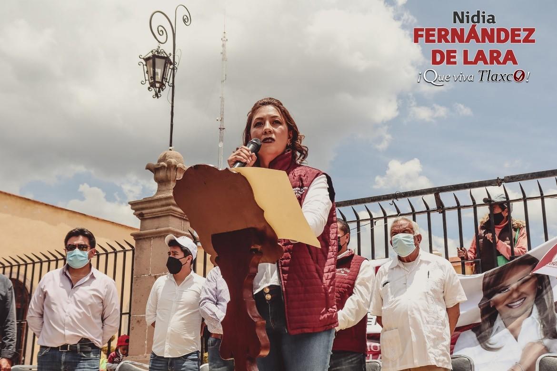 Deslucido y sin gente el inicio de campaña de Nidia Fernández de Lara a la presidencia de en Tlaxco por Morena