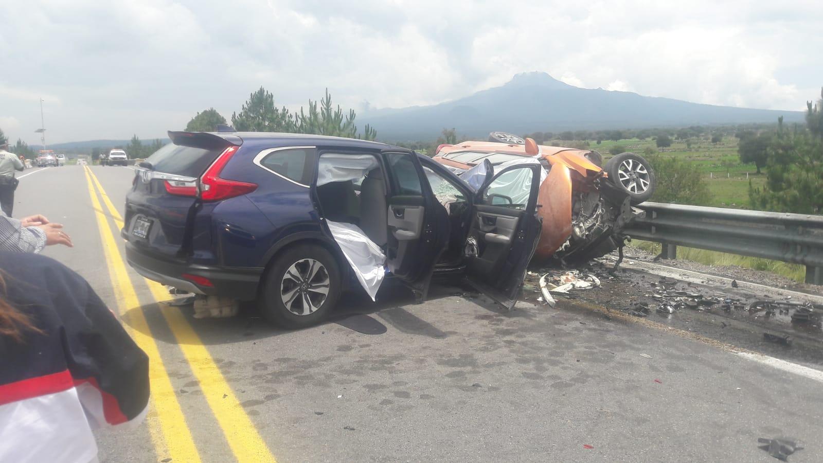 Muertos y heridos deja choque fatal en la Amozoc-Perote