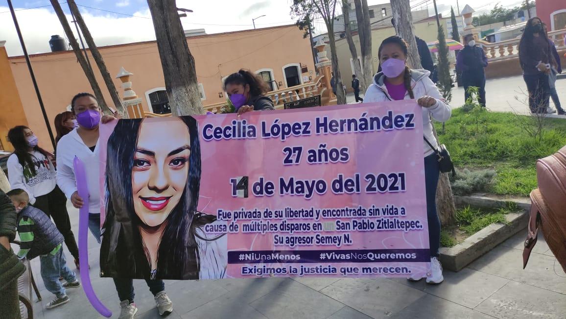 MARCHAN PARA EXIGIR JUSTICIA POR CASOS DE FEMINICIDIOS EN CUAPIAXTLA
