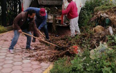 Limpian la Ciudad de los Niños en Chiautempan, sede del DIF Municipal