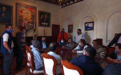 Atiende Jiménez Romero necesidades de locatarios del Mercado Nuevo de Chiautempan