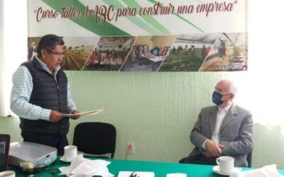 Atiende alcalde de Chiautempan a productores de la zona, crearán huertos de traspatio en el recinto ferial