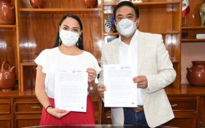 Firman Ayuntamiento de Tlaxcala y COSSIES convenio de colaboración para que estudiantes cumplan con su servicio social