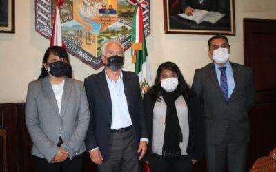 Celebran reunión de trabajo Cabildo de Chiautempan e integrantes del IAIP