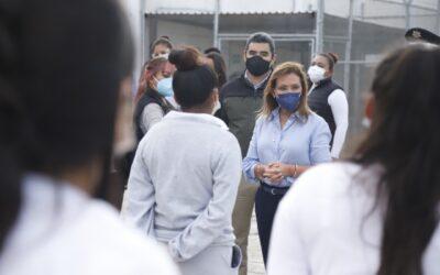 VISITA GOBERNADORA LORENA CUÉLLAR ANEXO FEMENIL DEL CENTRO REGIONAL DE REINSERCIÓN SOCIAL DE APIZACO