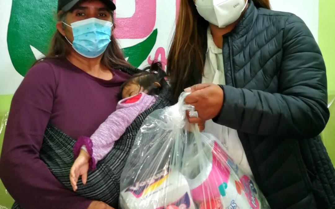Amaxac cumple compromisos, entrega despensas a familias vulnerables