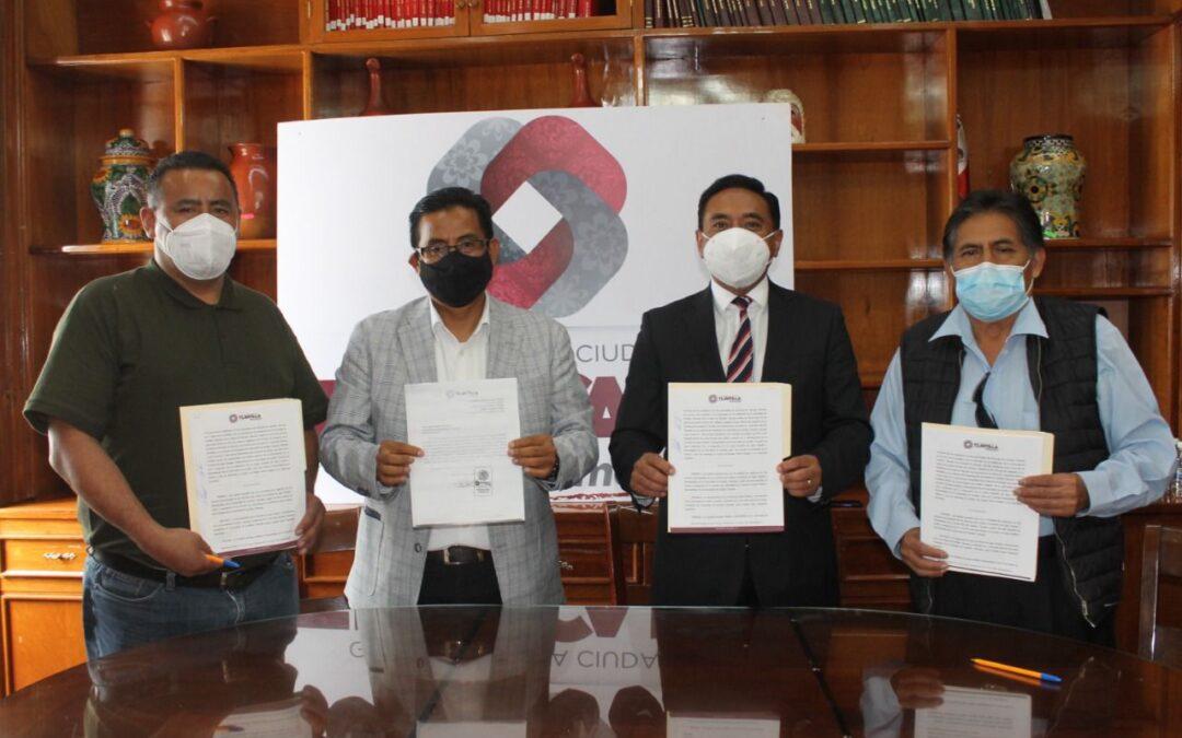 Signan convenio representantes ciudadanos de Ocotlán y autoridades municipales de Tlaxcala para la operatividad de CAPAO